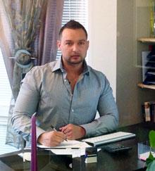 Geschäftsführer Herr Szymanski